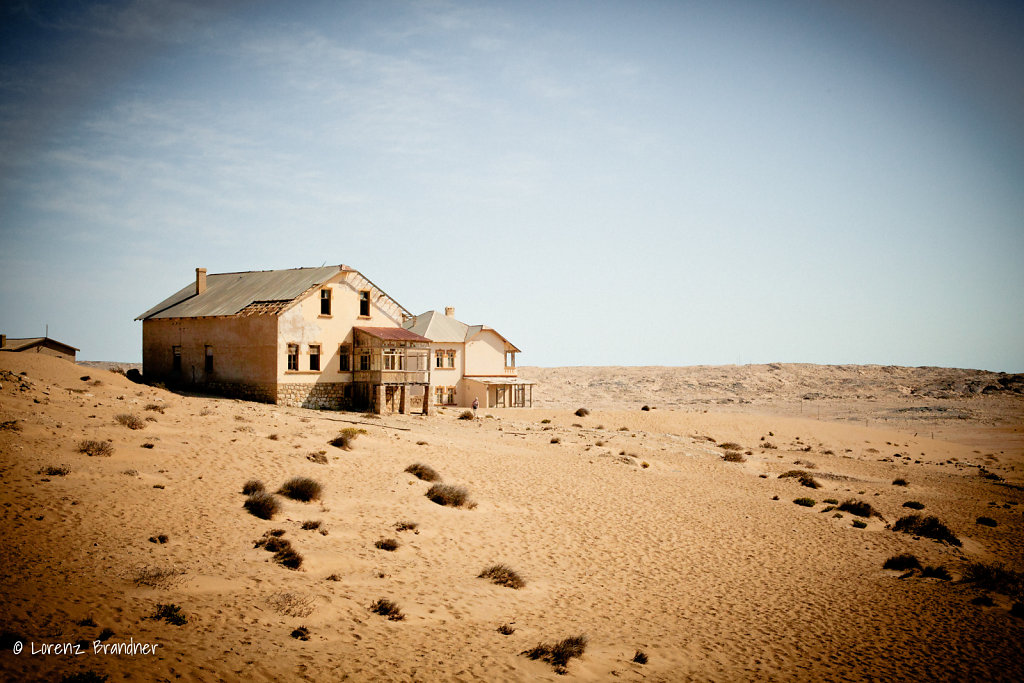 house in the desert